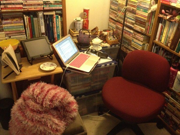 My Writing Desk | Camy Tang