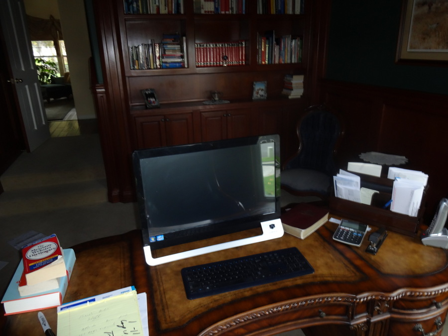 Sirls - Tricia Goyer - Writing Desk (2)
