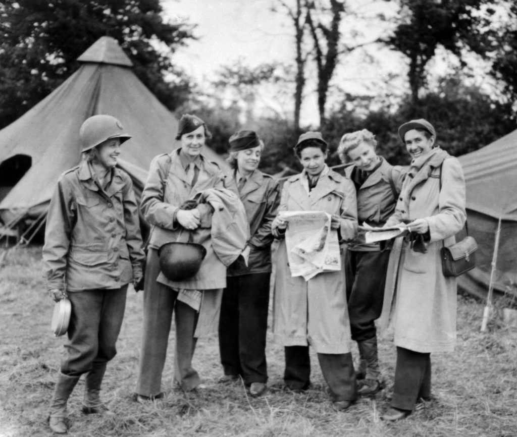 Female_war_correspondents_World_War_II