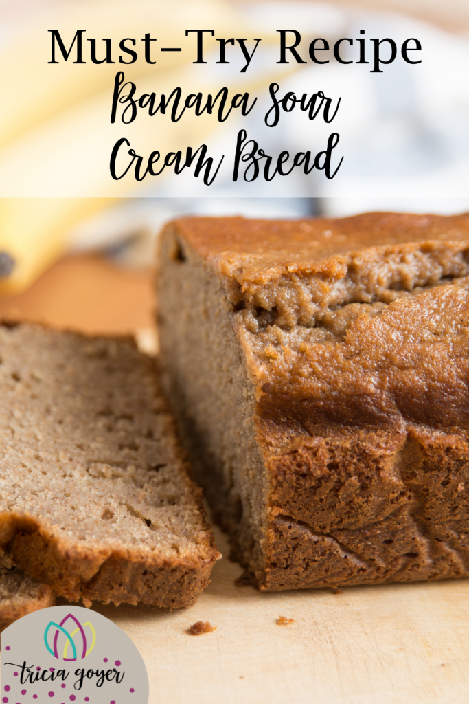 Banana Sour Cream Bread- Part of Tricia Goyer's 7 Amish Recipes for your Thanksgiving Table. Download the printable recipes as well!